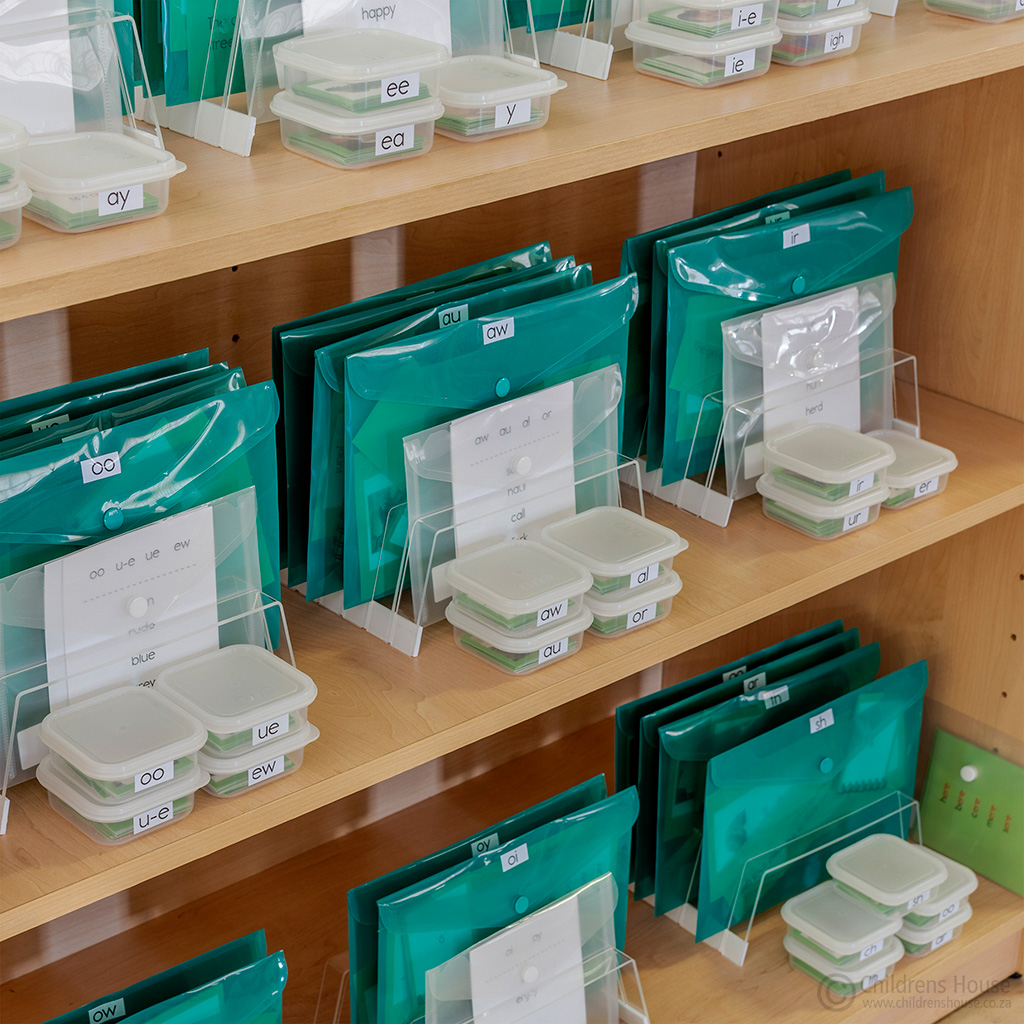 The Montessori Green Reading Series